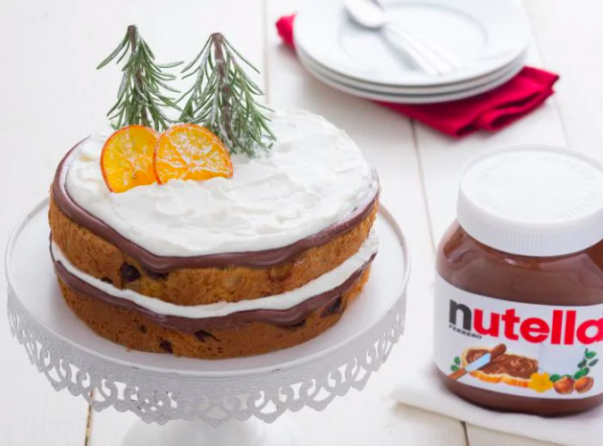 Panettone Cake with Nutella